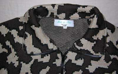 The Knit Tree Camo Jacket shirt collar with zipper extenion
