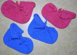 Three Generation Slipper ~ Sizes: Toddler or Preschool plus FREE KNITTING PATTER