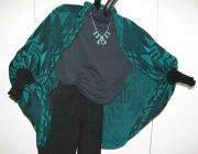 Knit Shrug featuring the Frog Foot Basketry Motif ~ front view
